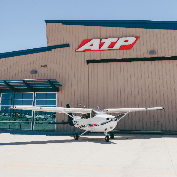 ATP Flight School Phoenix-Mesa Cessna 172