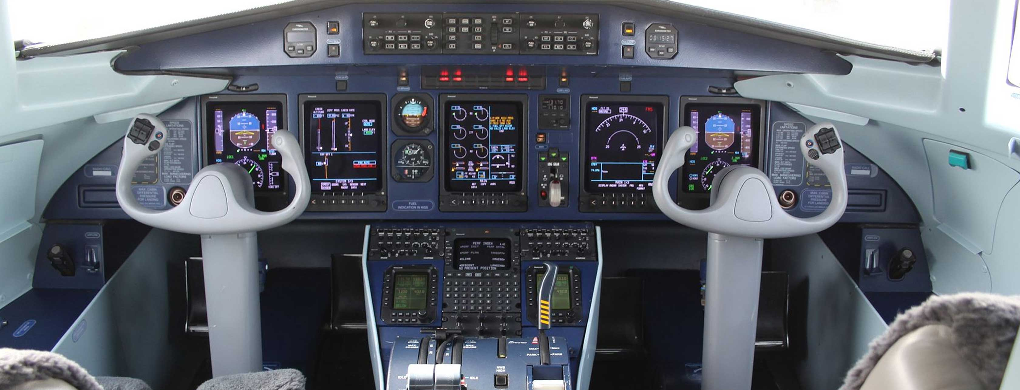 Dornier 328 Flight Deck